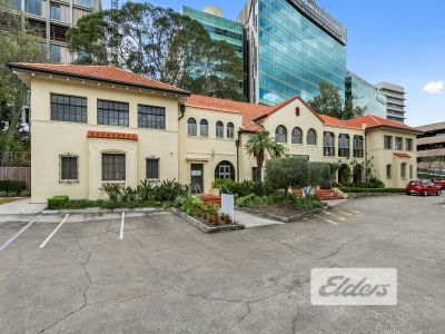 STYLISH CHARACTER OFFICE/SHOWROOM OPPOSITE RBH!