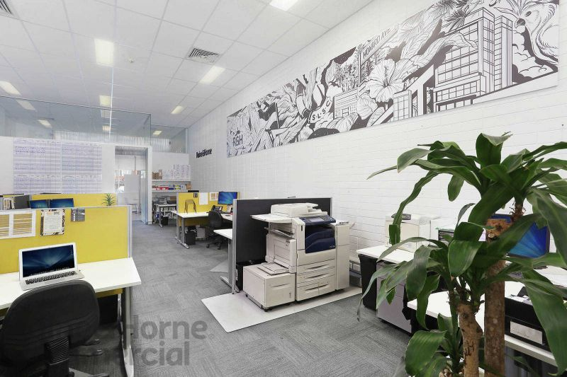 Retail or Office Space with Large Street Frontage