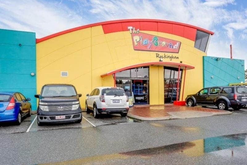 CENTRALLY LOCATED, AFFORDABLE COMMERCIAL PROPERTY