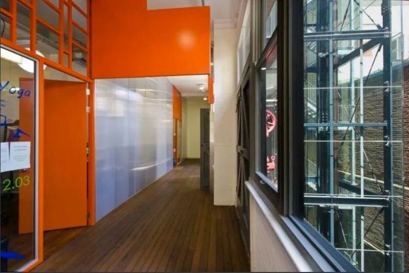 CREATIVE OFFICE/STUDIO WITH VIEWS!