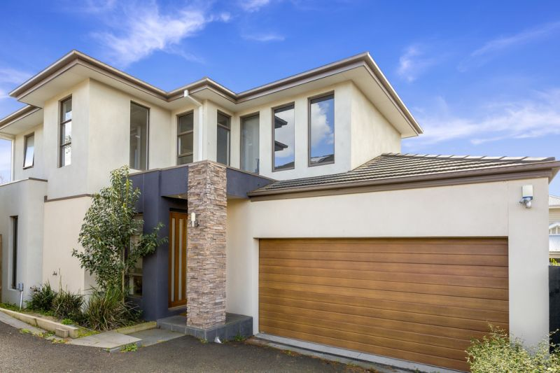 3/121 Kilby Road, Kew East