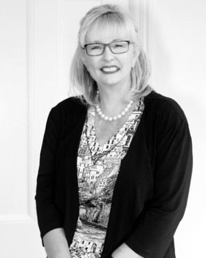 Robyn Rawle real estate agent