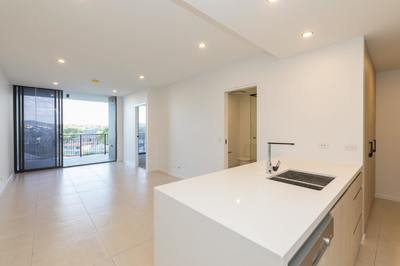 Luxurious 1 bedroom with City Views