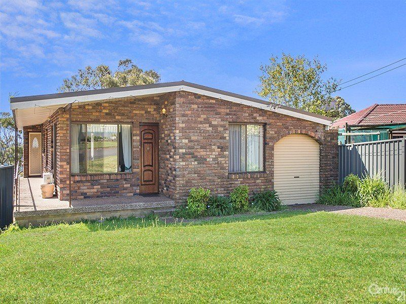 3 Range Place, Engadine NSW 2233