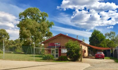 COMMERCIAL FREEHOLD WITH DISPLAY YARD FOR SALE