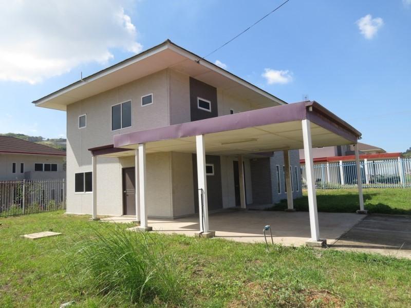 S7106 - Huge house - TG