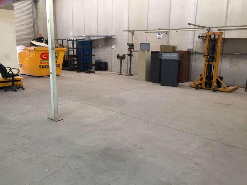 Good Quality Warehouse | Very Practical Size