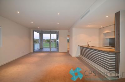 EXECUTIVE TWO BEDROOM RESIDENCE IN PARKSIDE 'ARTISAN' SECURITY COMPLEX