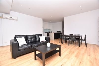 Fully Furnished and Spacious Two Bedroom Apartment in A Perfect Location!