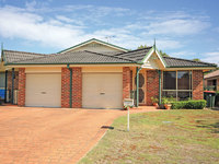 2/12 Mariner Crescent Salamander Bay, Nsw