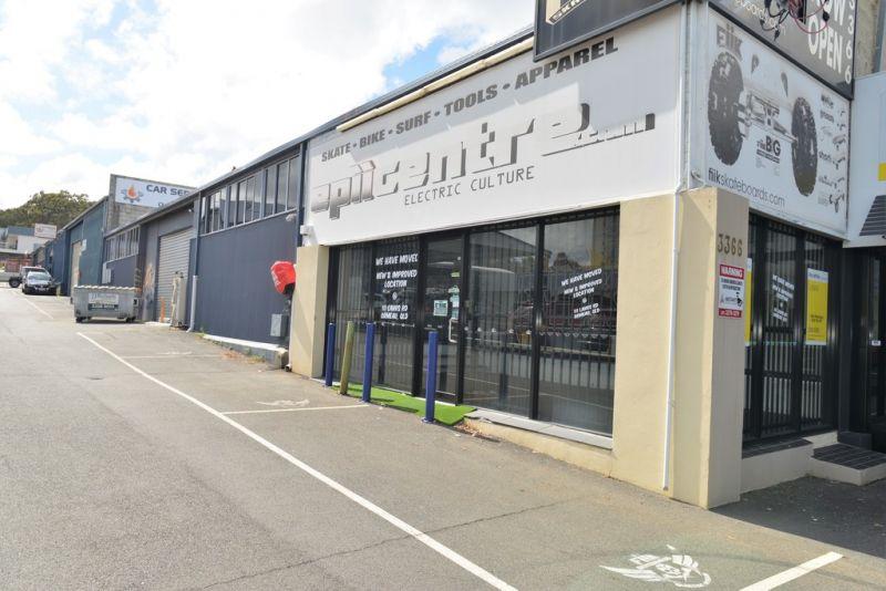 Retail/Warehouse 317m2 M1 Exposure