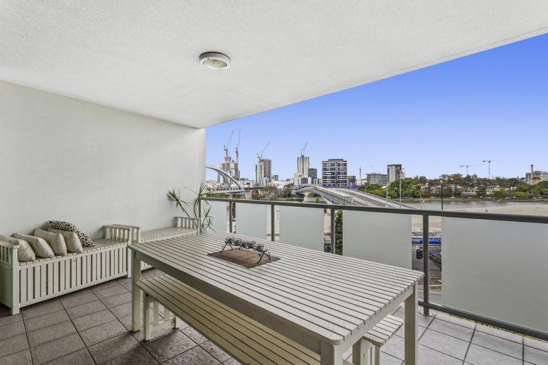 1303/100 Quay Street, Brisbane City, QLD