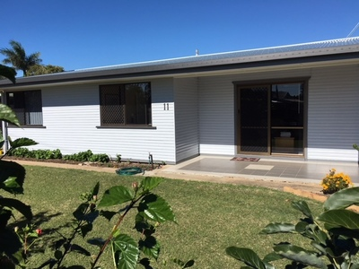 GREAT LOCATION - CLOSE TO BEACH AND ALL FACILITIES