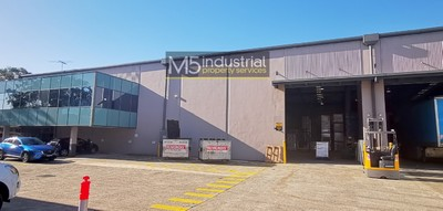 1,325m² - High Clearance Warehouse