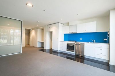 MODERN AND STYLISH IN A FANTASTIC LOCATION