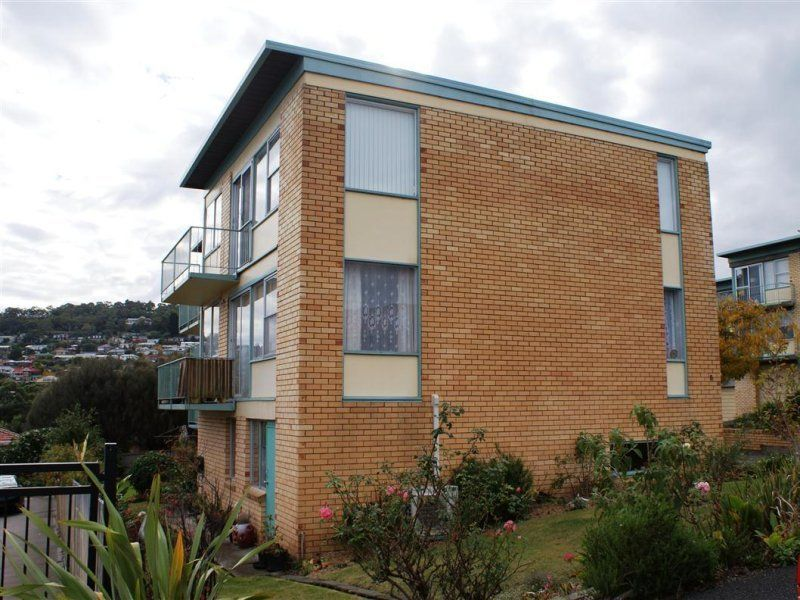 2/8 Ballawinnie Road