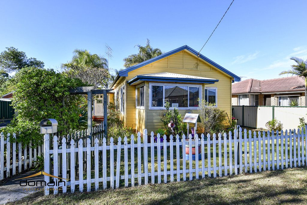 2 Coolabah Street Ettalong Beach 2257