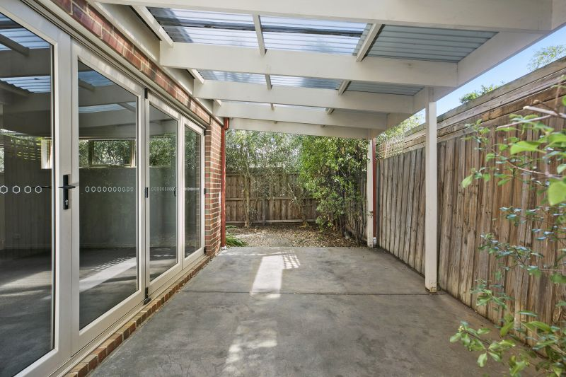 2/247 Shannon Avenue Manifold Heights
