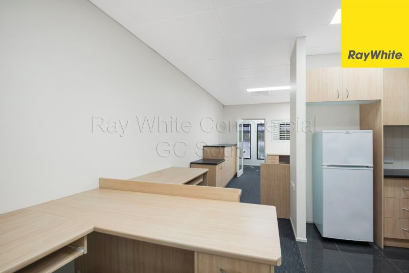 210SQM* TWO STOREY OFFICE WITH WAREHOUSE - 50% LEASED