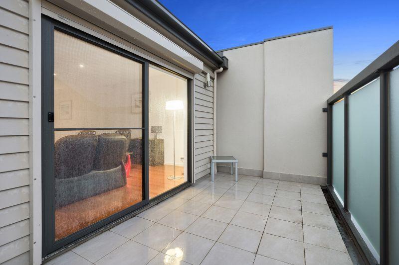 1/140 Gheringhap Street Geelong