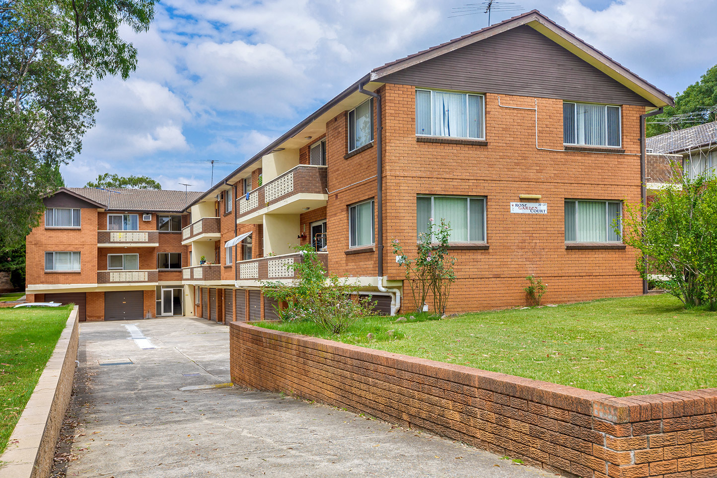 2/36-37 The Crescent, Homebush
