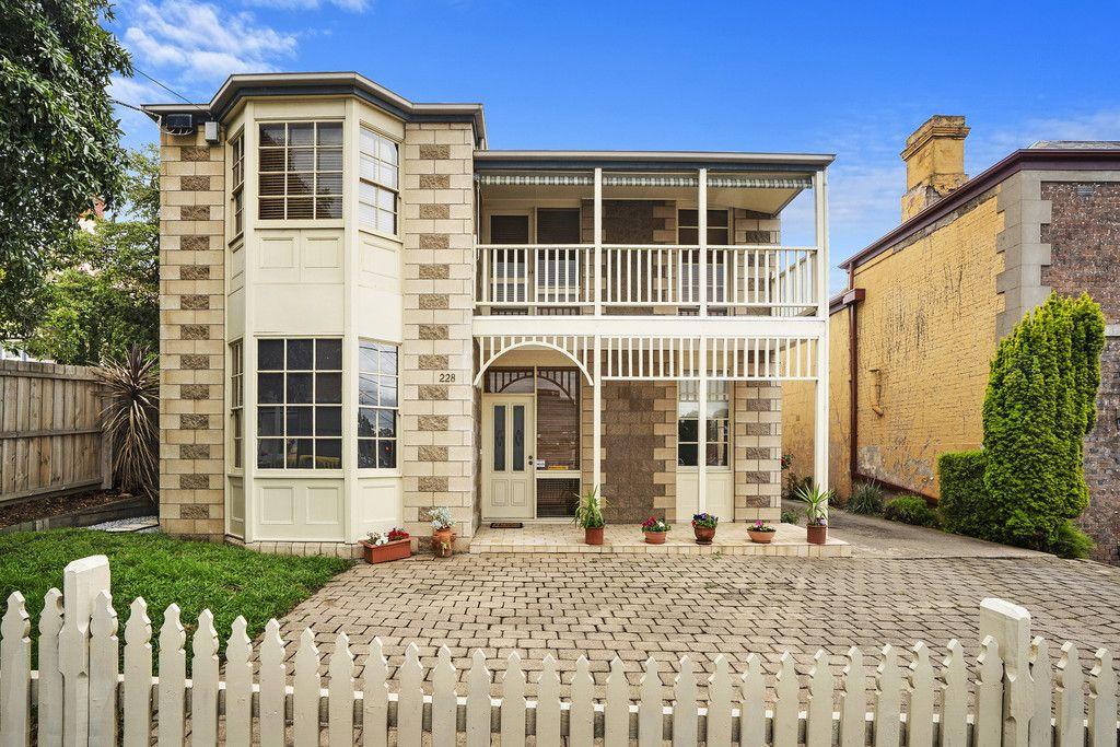 228 Latrobe Terrace</br>Geelong West