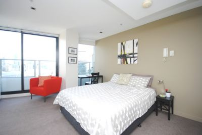 Victoria Point 1 - Stunning Fully Furnished Studio!