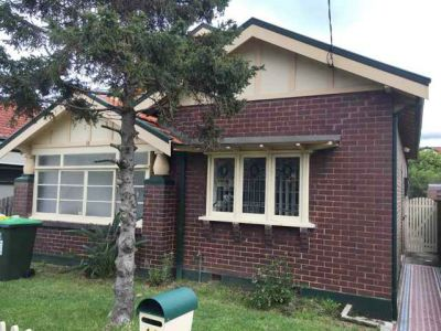 3 bedroom home in convenient locale.