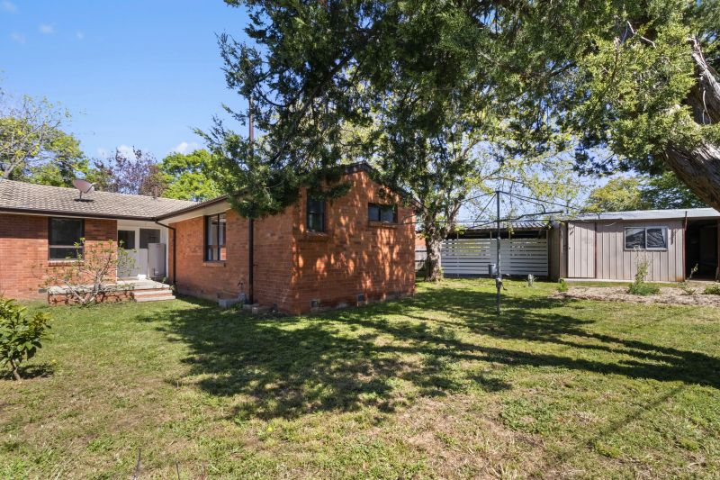 For Sale By Owner: 46 McCawley Street, Watson, ACT 2602