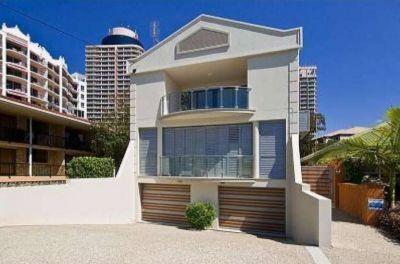Ultra-Modern Beachside Villa with new flooring throughout