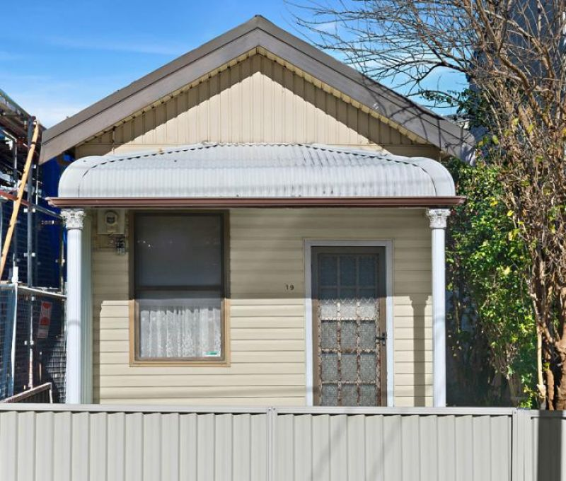 SOLD: Freestanding Cottage on 183sqm of Land