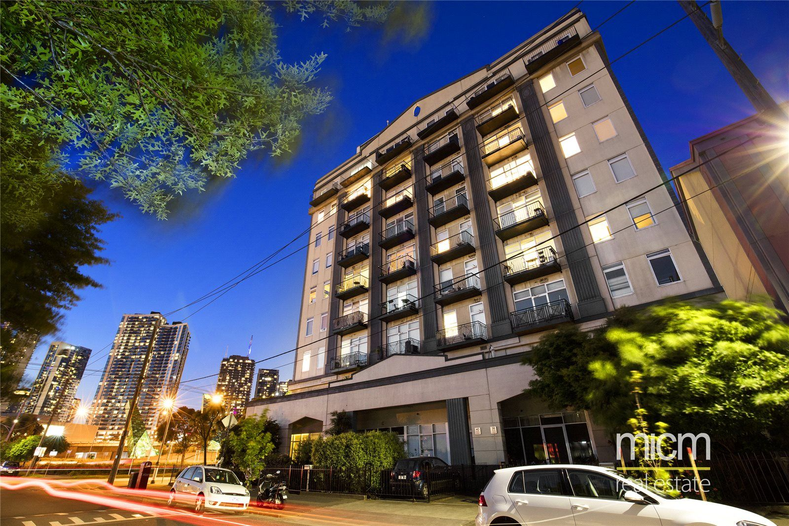 Cityview Tower: Enjoy Stunning View and Southbank Life Style!