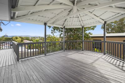 Beautifully Renovated 4 Bedroom House- New Everything!!