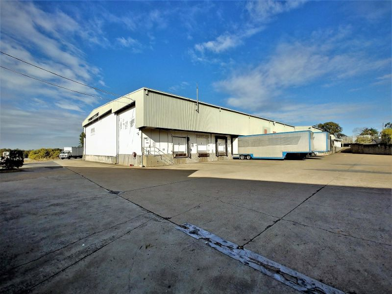 4,600sqm* TRADECOAST OFFICE/ WAREHOUSE FACILITY