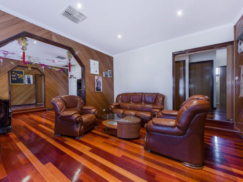 Real Estate For Sale 34 Chichester Drive Taylors Lakes
