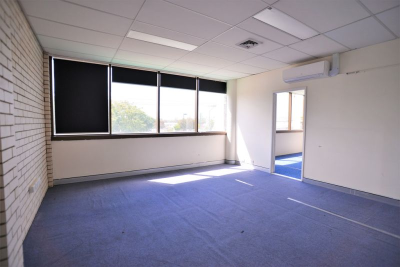 FREESTANDING RETAIL/ OFFICE INVESTMENT