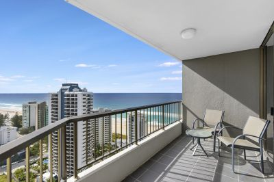 SPECTACULAR VIEWS FROM THE 26th FLOOR! STUNNING OCEAN & RIVER VIEWS