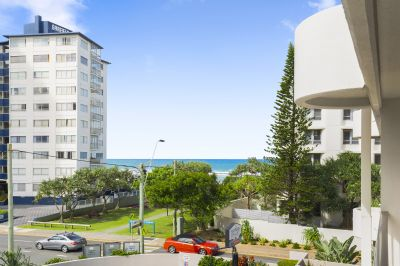 Beachside Apartment, Great Location, Small Block
