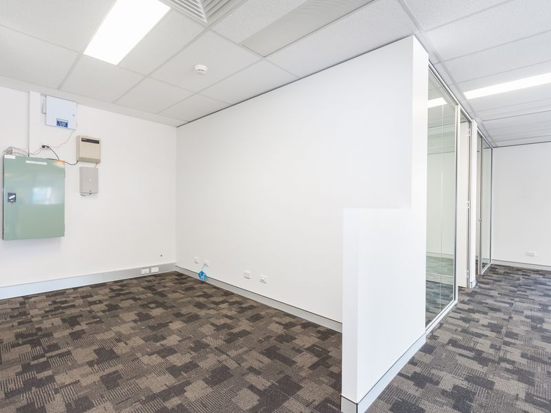 Fantastic Office Space in Near New Building