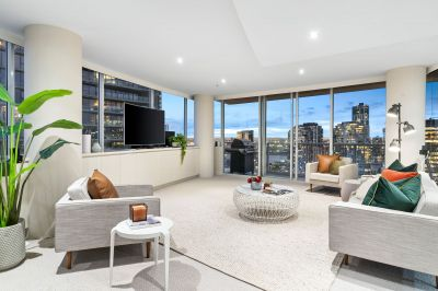 Bay and city views from this astounding 24th floor sensation!