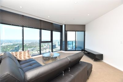 Southbank Central: 47th Floor - Furnished Three Bedroom Apartment with Breath-taking Views!