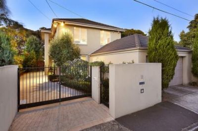 11 Canterbury Place, Brighton