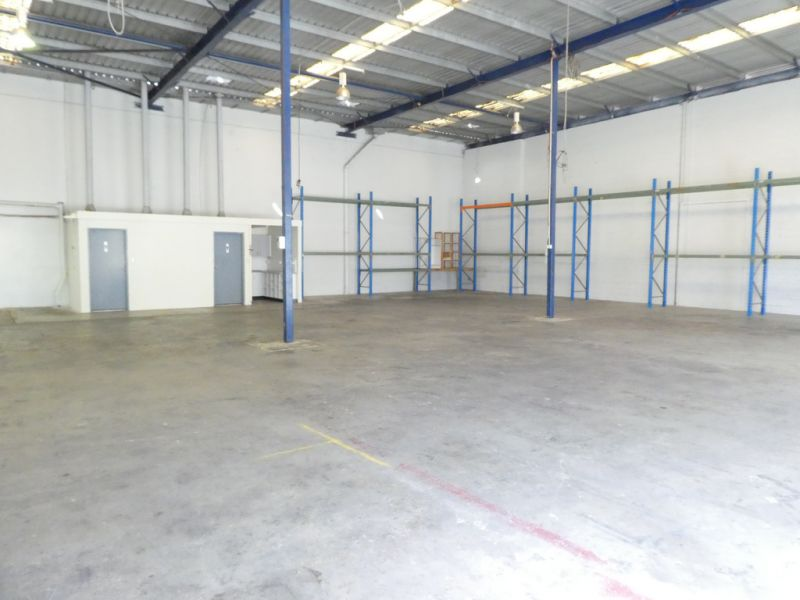 Budget Priced 635m2* Warehouse Suitable For Lots Of Businesses