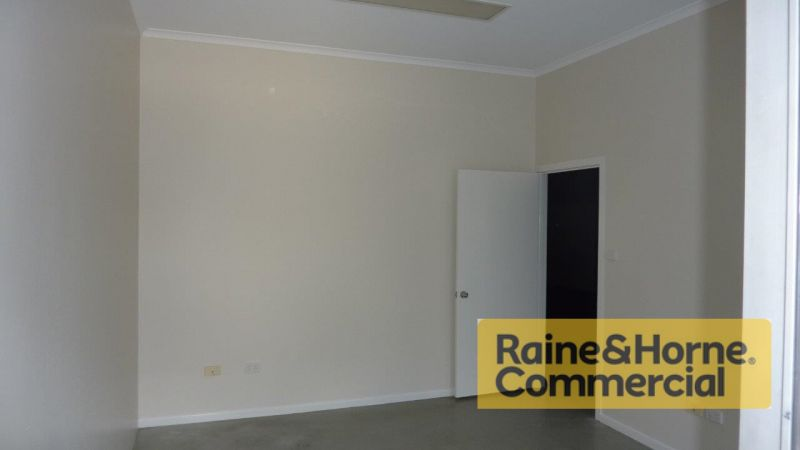 192sqm Southern Facing Unit with Excellent Presentation