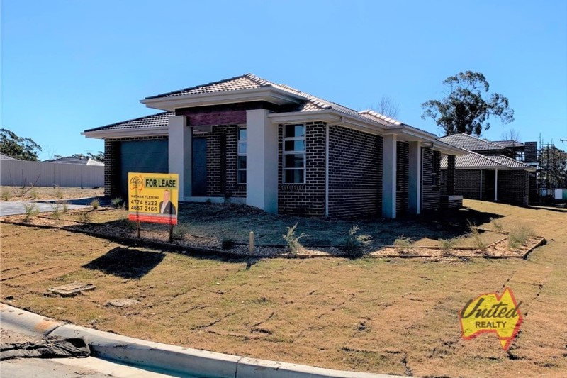 BRAND NEW 4 BEDROOM HOME ON A LARGE BLOCK