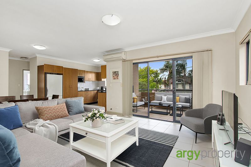 Stylish living, bright & convenience