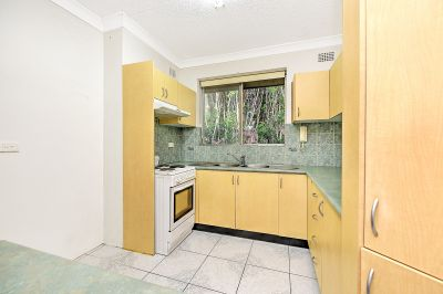 Well Presented Two Bedroom Apartment
