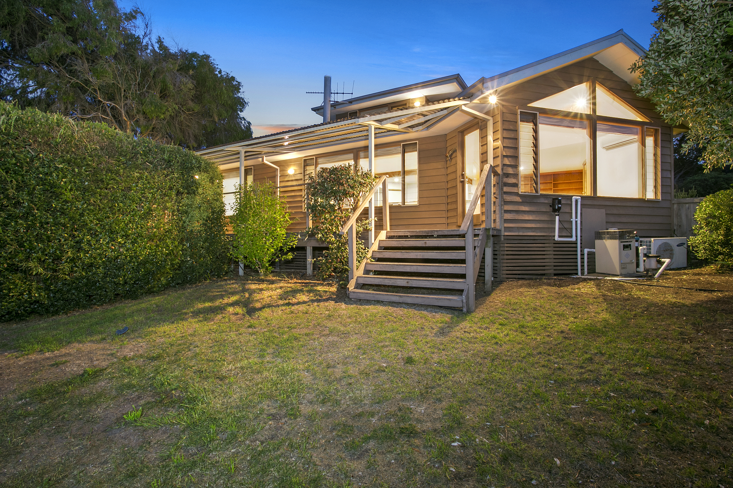 29 Ocean Throughway , Ocean Grove VIC 3226