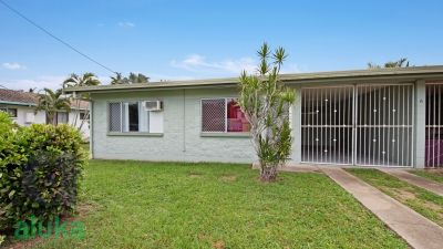 CONVENIENT COMFORT + EASY LIVING + FENCED YARD!