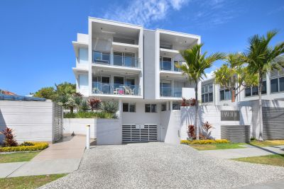 Live the beachside lifestyle in absolute style